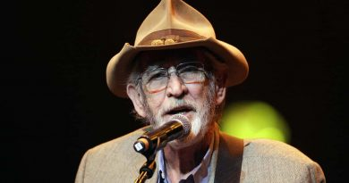 Don Williams, country music's 'Gentle Giant', dies at 78