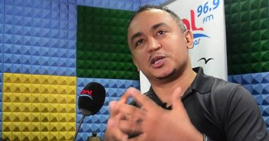 Libya slave trade: Use your private jets to repatriate migrants – Daddy Freeze tells Nigerian pastors